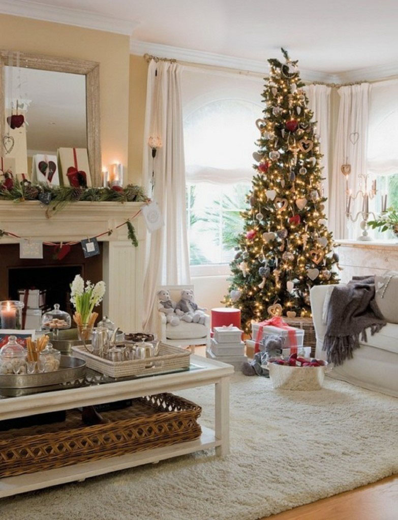 Showcase Your Christmas Tree in the Window , Modern
