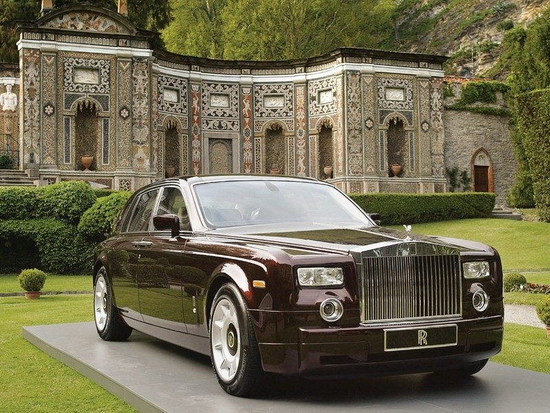 The Rolls Royce Phantom Is A Luxury Saloon Automobile Made By Rolls Royce  Motor Cars, A BMW Subsidiary. It Was Launched In 2003 And Is The First  Rolls Royce ...